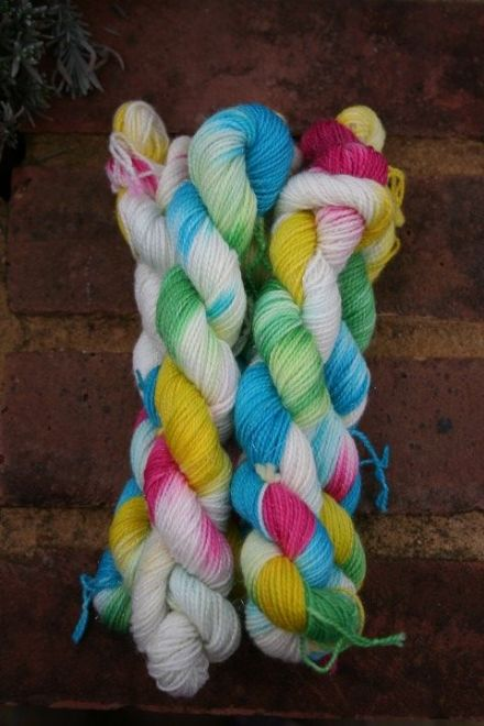Limited Edition Sparkle Mini Skein Daisy Meadow